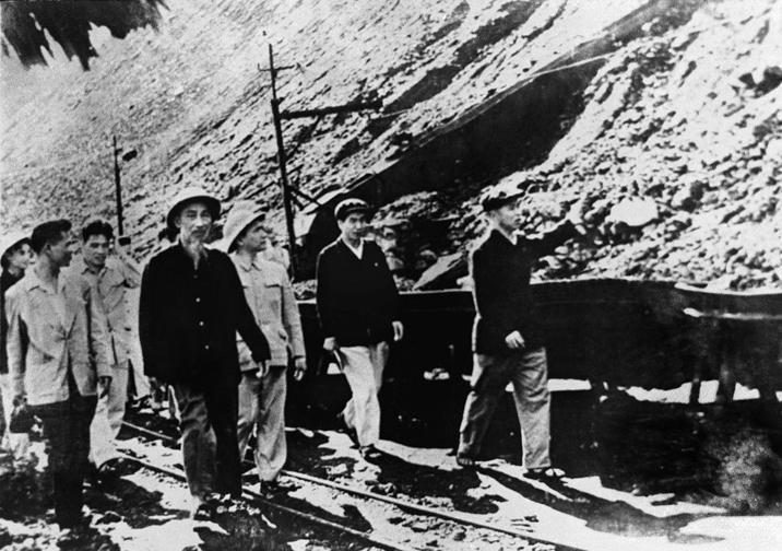 Thợ mỏ Đèo Nai 60 năm làm theo lời dạy của Bác Hồ kính yêu