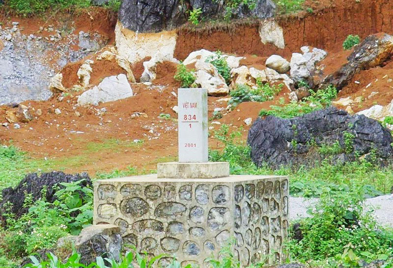 Góp ý phương án kiến trúc Trạm kiểm soát khu vực đường qua lại mốc 834/1+30 hướng về mốc 834, Cao Bằng