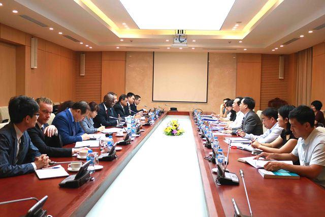 Bộ trưởng Phạm Hồng Hà làm việc với WB