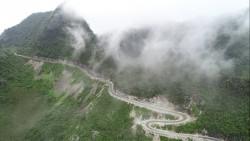 Lên Hà Giang trốn nóng, bốn mùa mây núi mát lành, trong trẻo