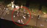 [VIDEO] Người dân la hét khi hàng chục côn đồ truy sát khách ở quán nhậu