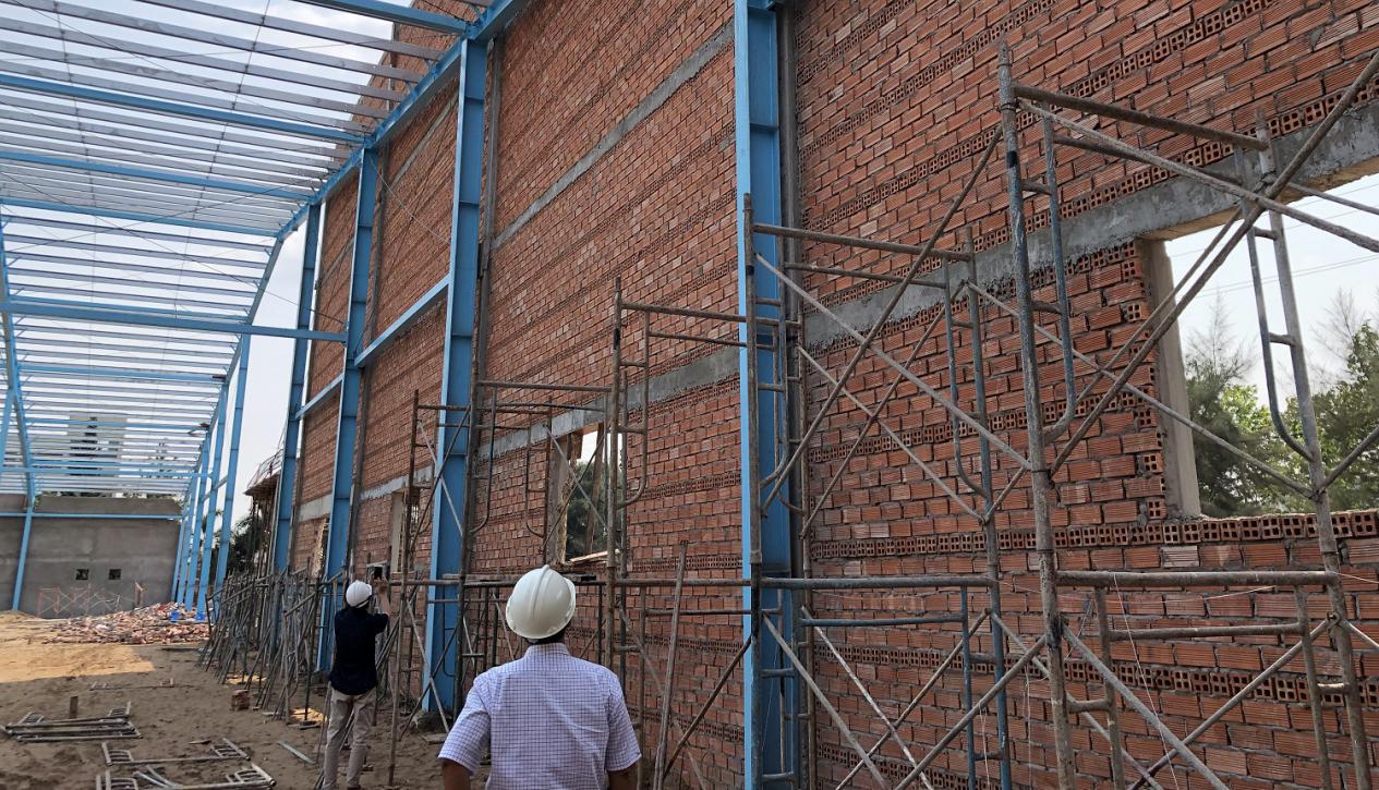 Vĩnh Long: Thiếu trách nhiệm trong quản lý hoạt động xây dựng tại sự cố sập tường nhà xưởng