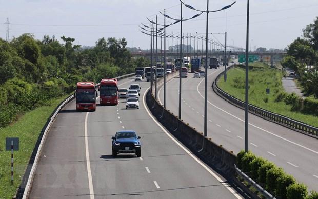 Khơi thông tín dụng để cao tốc Trung Lương-Mỹ Thuận về đích năm 2020