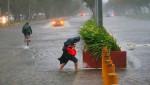 Rùng mình trước cảnh siêu bão Mangkhut càn quét Philippines