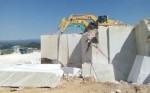 Xuất khẩu đá khối được thu hồi từ mỏ đá làm vật liệu xây dựng