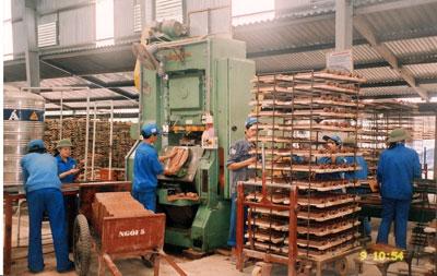 Quảng Ninh: Vật liệu xây dựng xuống giá: Dân vui, doanh nghiệp buồn