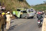 Tai nạn 9 người chết: Xe nổ lốp đâm vào xe hết hạn