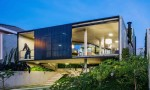 Ngôi nhà hiện đại, kết nối mạnh mẽ với thiên nhiên tại Brazil