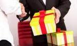 Yêu cầu báo cáo các trường hợp tặng, nhận quà Tết trái quy định