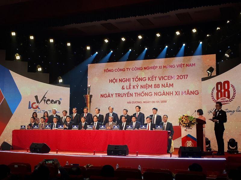 Bộ trưởng Phạm Hồng Hà: Tái cơ cấu xi măng Hạ Long và Sông Thao chứng tỏ bản lĩnh, sức mạnh của VICEM