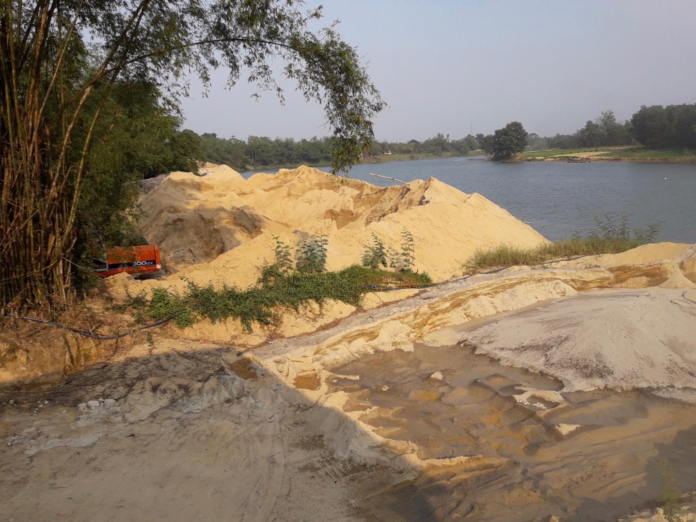 Thừa Thiên - Huế: Xây dựng lộ trình tìm nguồn vật liệu thay thế cát lòng sông
