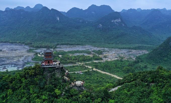Những ngôi chùa cho chuyến hành hương đầu năm