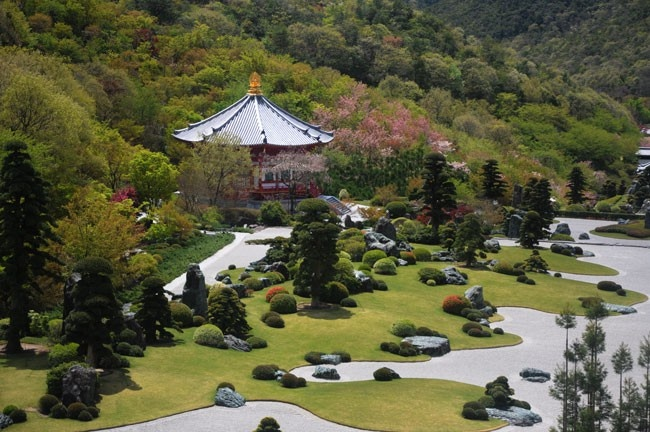 Một lần thăm Vương Đường Phật Giáo Nhật Bản