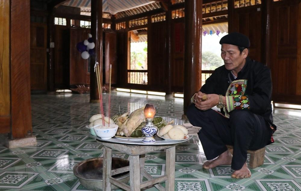 kham pha phong tuc don tet cua nguoi dao do o yen bai