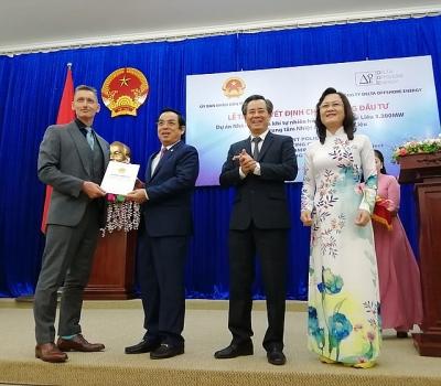 """Bạc Liêu trao đầu tư dự án vốn nước ngoài """"khủng"""" nhất ĐBSCL"""