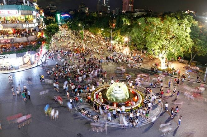 Không tổ chức phố đi bộ hồ Hoàn Kiếm dịp Tết Canh tý