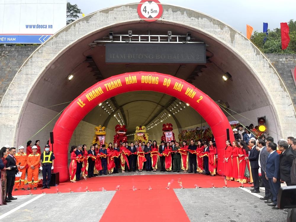 Khánh thành đưa vào sử dụng hầm đường bộ Hải Vân 2