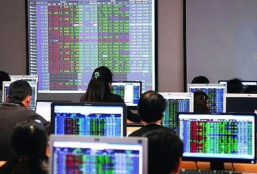 Quy định về tài chính áp dụng đối với công ty chứng khoán