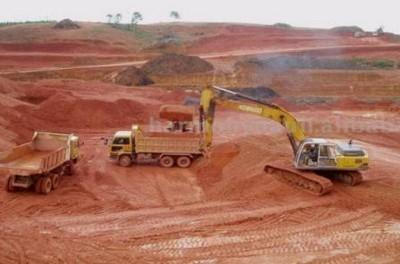 Vinacomin trần tình về việc tạm dừng đầu tư cảng Kê Gà và hiệu quả khai thác bauxit