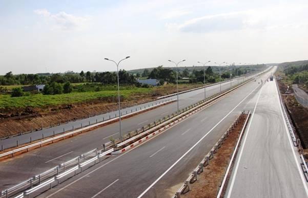 Thông xe cao tốc TPHCM - Long Thành - Dầu Giây vào ngày 8/2