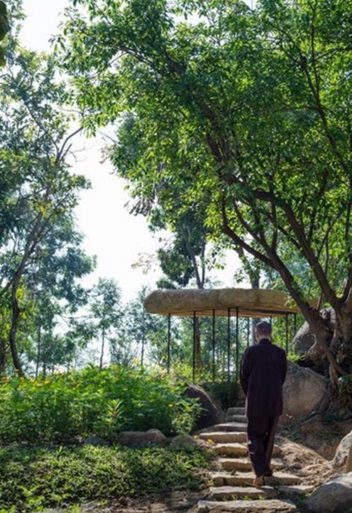 151801baoxaydung 4 Chiêm ngướng kiến trúc mái đá giữa công viên Việt làm sốc báo Tây