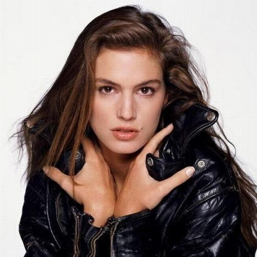 Lol fuck cindy crawford bisexual the freckled