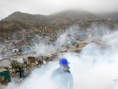 Tại sao Zika đáng sợ hơn cả Ebola?