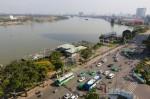 Cảnh xuống cấp trong công viên bến Bạch Đằng Sài Gòn