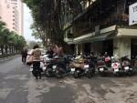 Hà Nội: Hàng quán lấn chiếm vỉa hè, lòng đường sau Tết