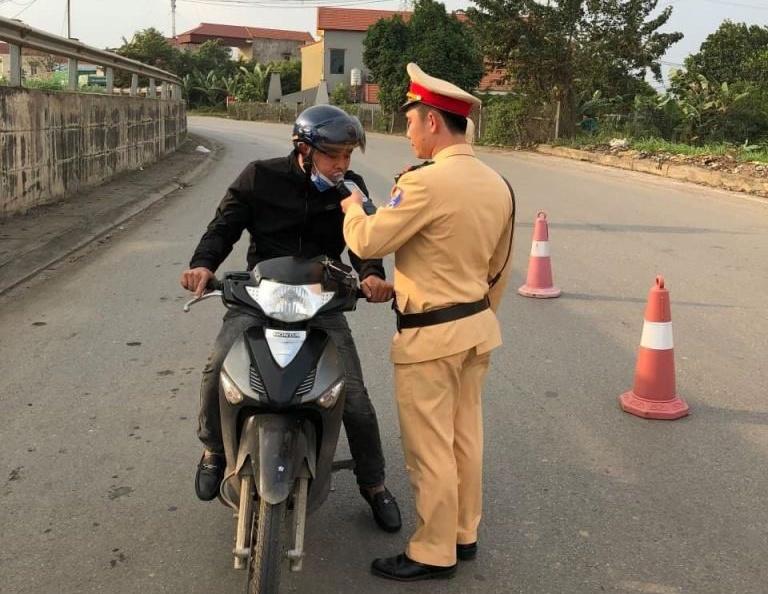 Phú Thọ: Xử lý 416 trường hợp vi phạm nồng độ cồn