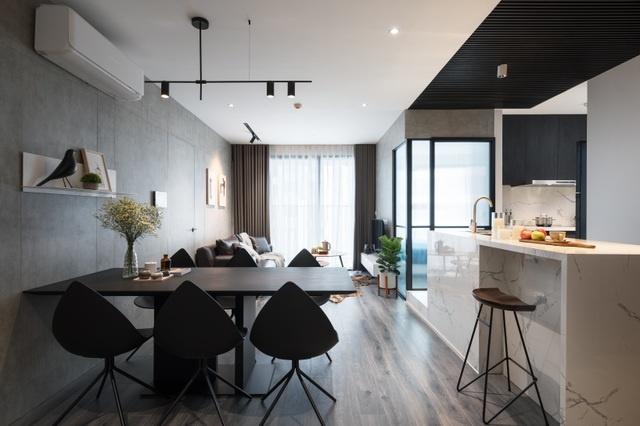 Đập bỏ bức tường bí bách căn chung cư ở Hà Nội ấn tượng với không gian mở