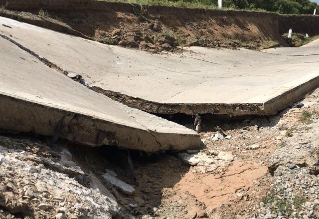 Hé lộ nguyên nhân sự cố sụt lún đường đê biển Tây ở Cà Mau