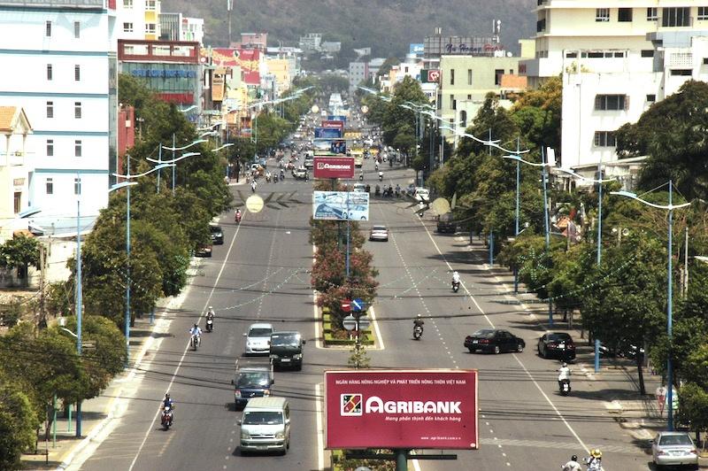 Thành phố Vũng Tàu tiếp tục lập lại trật tự lòng đường, vỉa hè