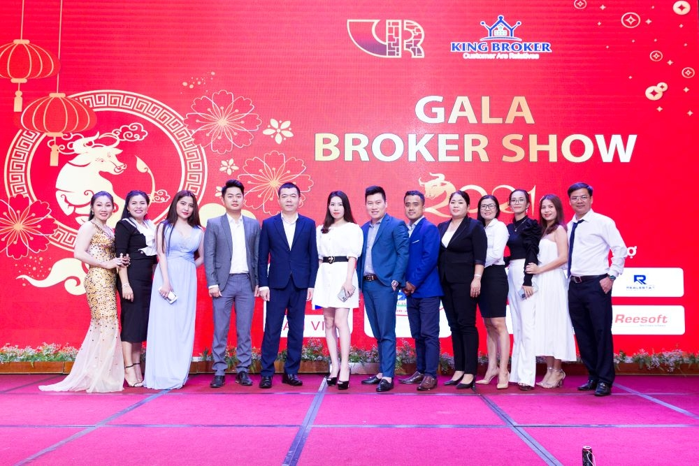 Hội môi giới bất động sản Việt Nam và King Broker tổ chức tất niên cho 200 nhà môi giới khu vực Đông Nam Bộ