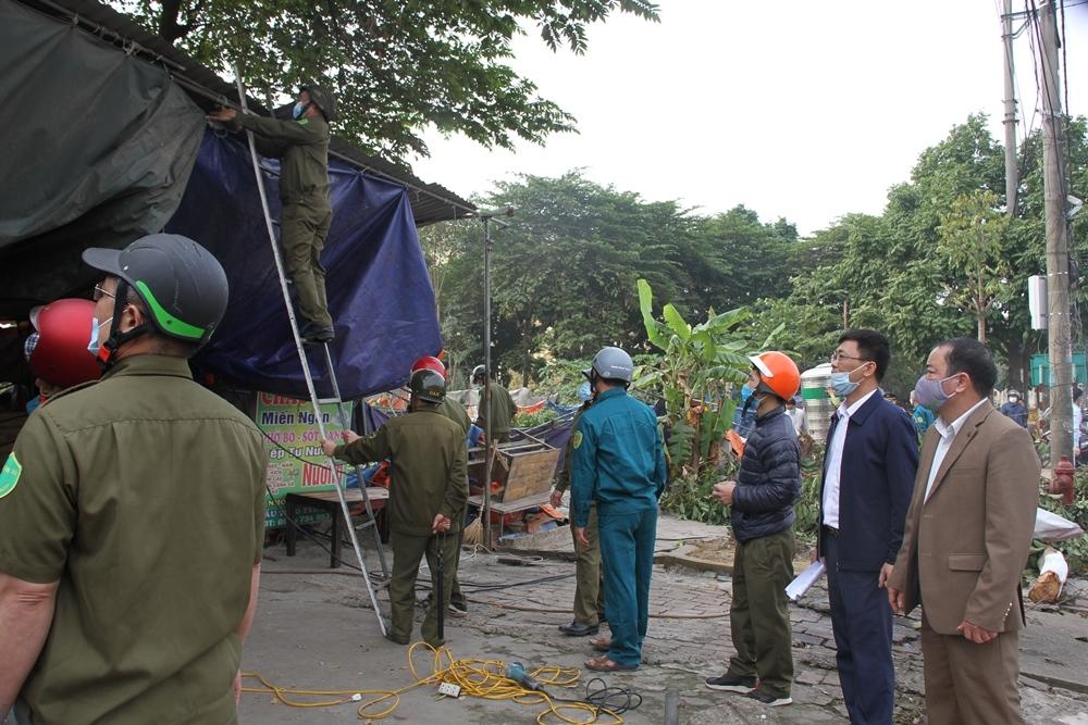 Yên Lạc (Vĩnh Phúc): Đảm bảo trật tự an toàn giao thông gắn với phòng, chống dịch dịp Tết Nguyên đán