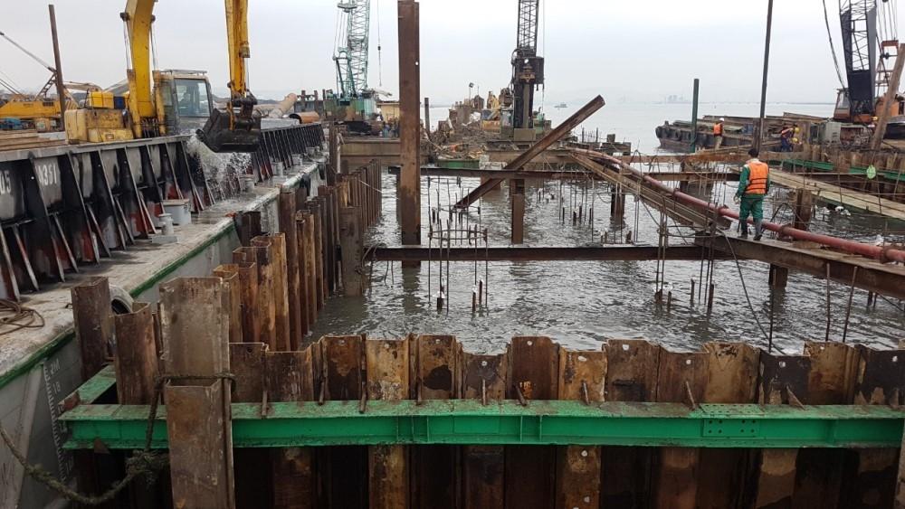 Quảng Ninh: Cầu Cửa Lục 3 xây dựng nhanh như cây rừng nảy lộc trong tiết Xuân