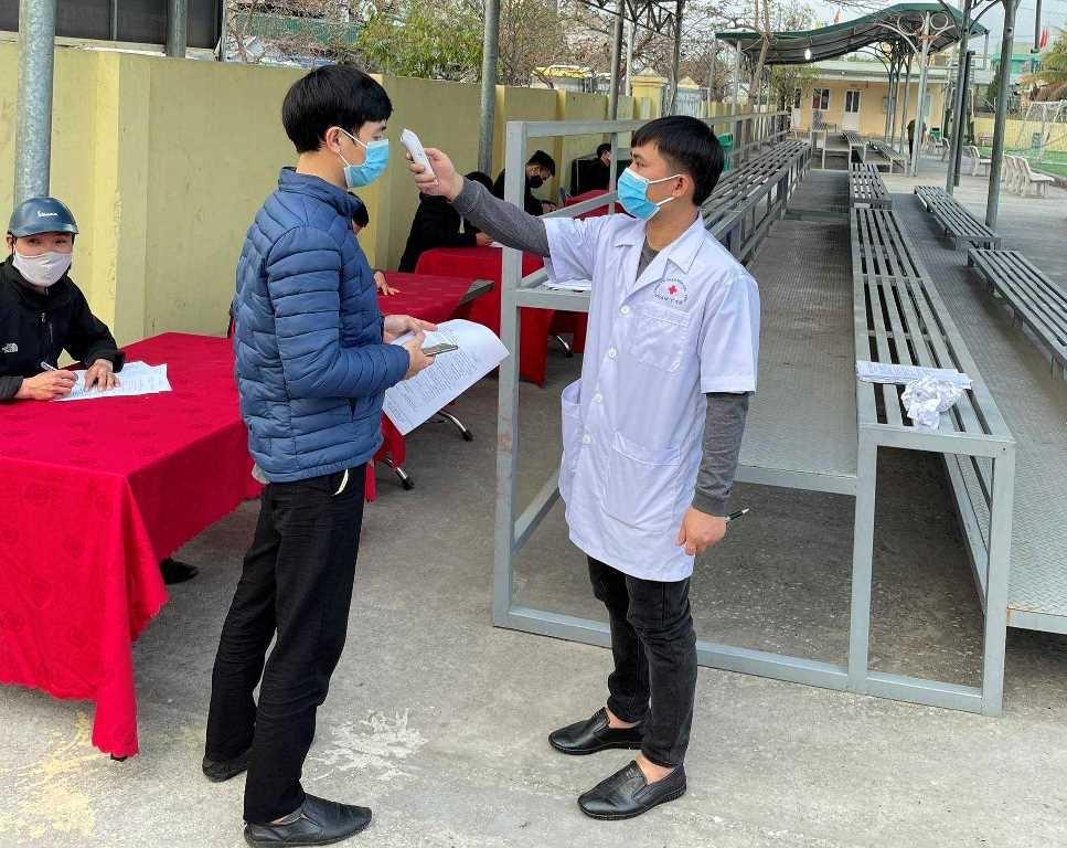 Quảng Ninh: Hỗ trợ lao động từ tỉnh ngoài về làm việc phòng, chống dịch Covid-19