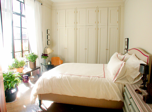 10 thứ nên loại bỏ để ngôi nhà nhẹ nhàng hơn trong mùa nóng