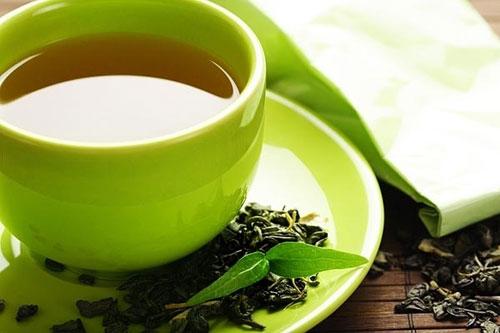 Phụ nữ Nhật thường xuyên có thói quen sử dụng trà xanh để chăm sóc da