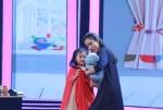 Cô bé 5 tuổi hát nhạc chế 'gây bão' ở Biệt tài tí hon