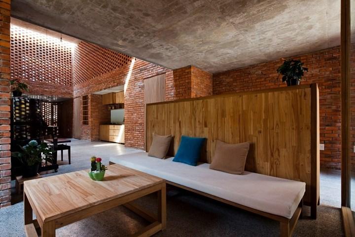 Kiến trúc độc đáo của ngôi nhà được làm từ gạch nun