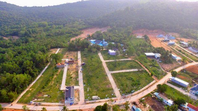 Kiên Giang: Đất đai Phú Quốc thế nào khi lệnh tạm ngưng tách thửa chưa được dỡ bỏ?