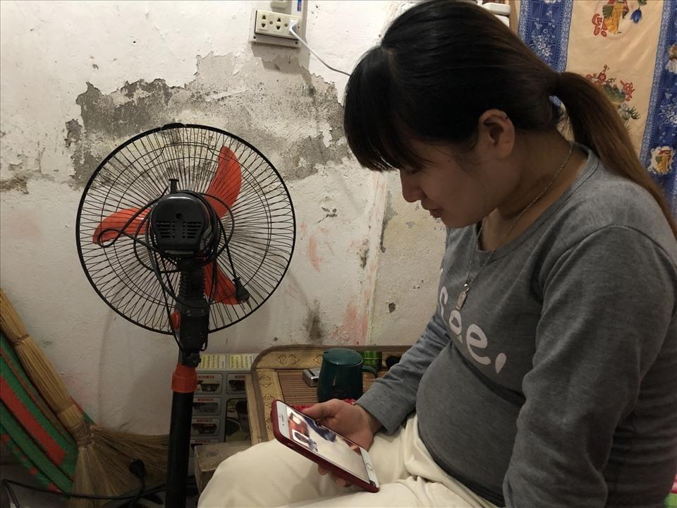 Cuộc sống trong căn phòng trọ chật chội của nữ công nhân khu công nghiệp