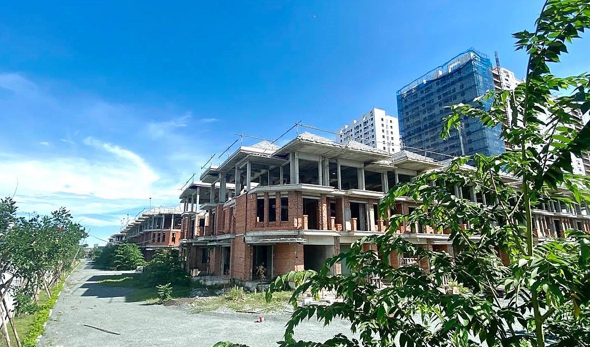 Thành phố Hồ Chí Minh sẽ xử lý dứt điểm đất xen cài trong dự án