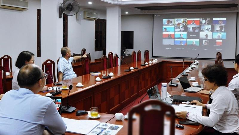 """Hội nghị trực tuyến """"Nghiên cứu vật liệu thích ứng với khí hậu trong bối cảnh kinh tế xã hội của Việt Nam"""""""