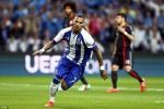 """Hàng thủ chơi như """"mơ ngủ"""", Bayern thua thảm Porto"""