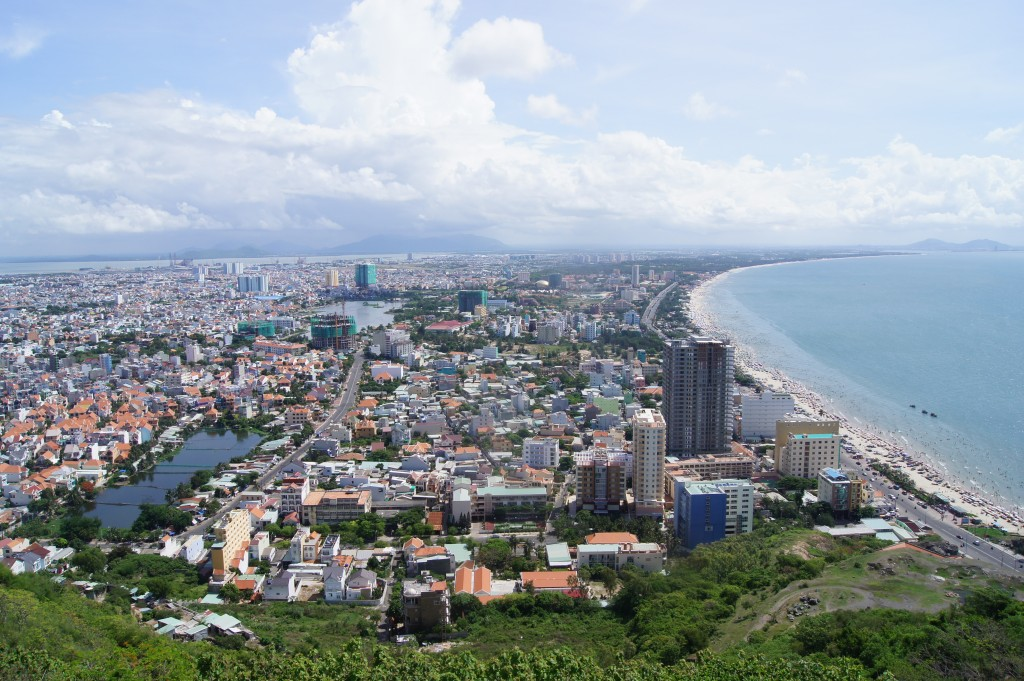 Định hướng chiến lược cho phát triển nhà cao tầng trong đô thị biển