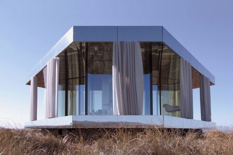 Ngôi nhà kính cung cấp không gian sống tha hồ trong thời tiết khắc nghiệt