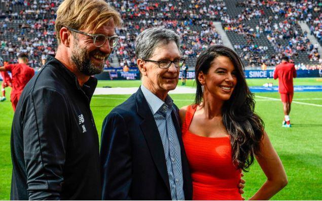 Ông chủ Liverpool FC rao bán biệt thự, giảm giá 10 triệu USD