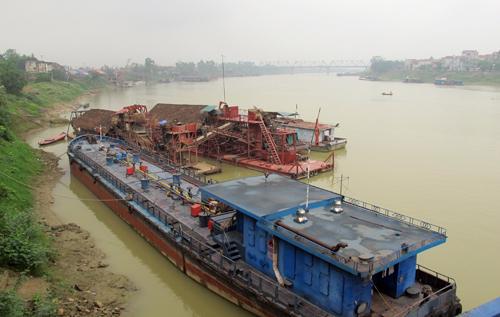 Phú Thọ: Tăng cường kiểm tra khai thác cát, sỏi trái phép